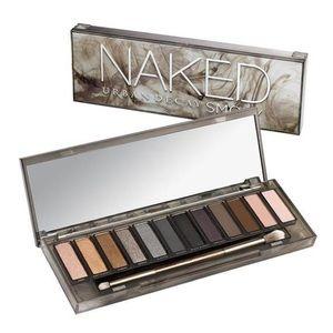 Urban Decay Naked Smoky Eyeshadow Palette